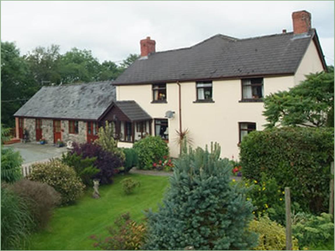 Trecoed farm house